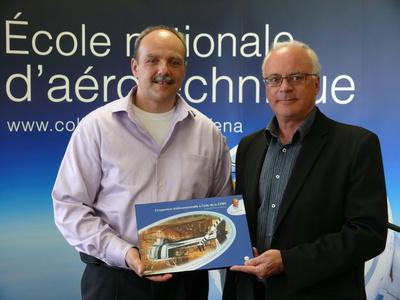 Michel Barrette (auteur) et Bernard Dionne (directeur du CCDMD)